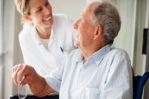 Болезнь Паркинсона: симптомы, причины и лечение