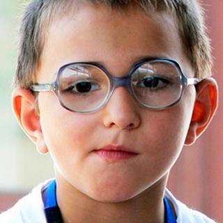 От чего у ребенка появилась близорукость