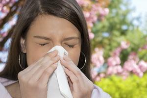 Аллергический насморк: как отличить от простудного и чем лечить
