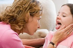 Катаральная ангина у детей, её симптомы и лечение