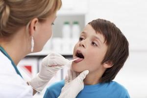 Вирусный фарингит у детей: фото, симптомы и лечение