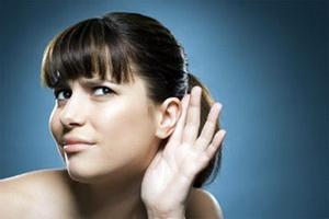Внезапная глухота на одно ухо и её причины