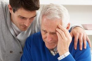 Слабоумие (деменция): виды, симптомы и причины, уход за больными