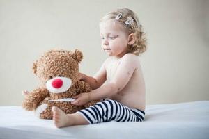 Фурункулы у ребенка: почему появляются и что делать