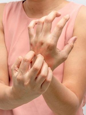 Чесотка у человека: виды, симптомы, лечение и профилактика